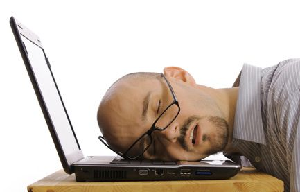 fáradtság álmosság ízületi fájdalom