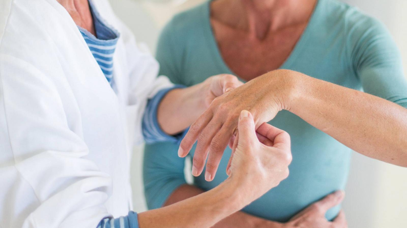 Sokféle tünet jelezheti az ízületi gyulladást
