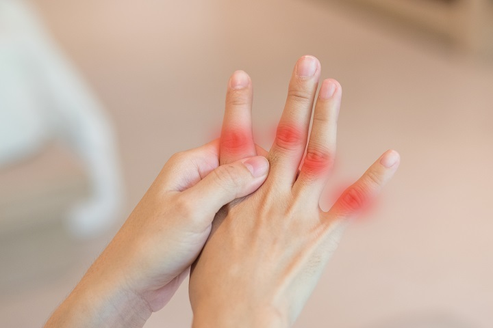 fájdalom a vállak és a kéz ízületei