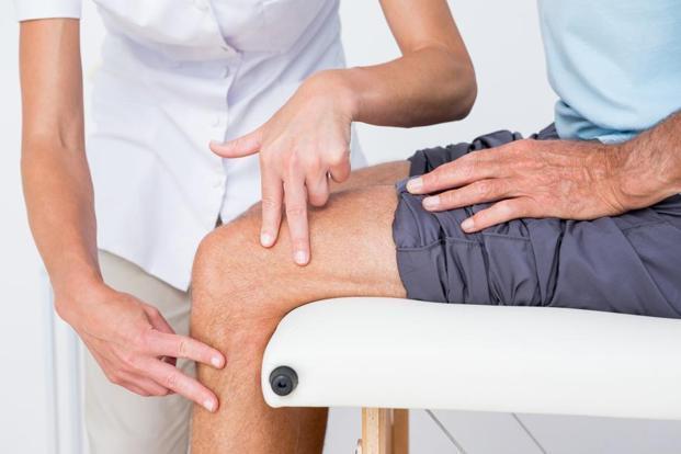 ropogás és ízületi fájdalom járás közben hipotermia után az ízület fáj