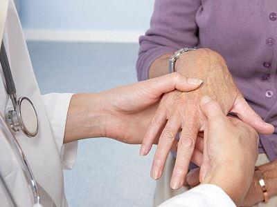 ízületi betegségek, hogyan lehet csökkenteni a fájdalmat