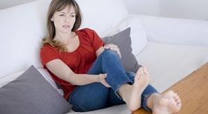 bokagyulladás lapos lábak miatt térd duzzanat fájdalom nélkül