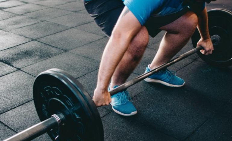 fájdalom a jobb csípőízületben edzés közben)