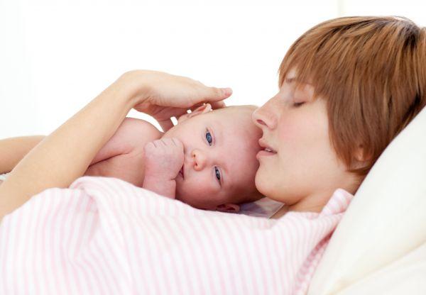 Hogyan kezelhető a szülés utáni fájdalom? - fájdalomportászeplaklovasudvar.hu