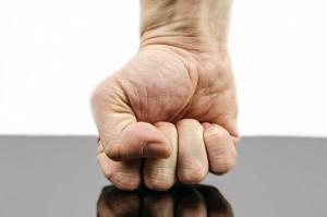 hogyan lehet eltávolítani a gyulladást a kéz ízületeiben)