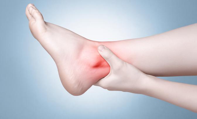 a lábak ízületeinek fájdalma és duzzanata