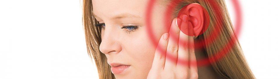 ízületi fájdalom a fülben nyelés közben)