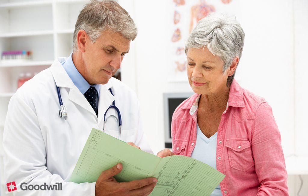 ízületi fájdalom melyik orvoshoz kell fordulni