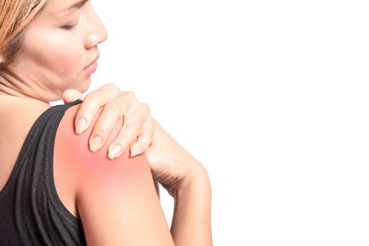 fájdalom a vállízület karjában