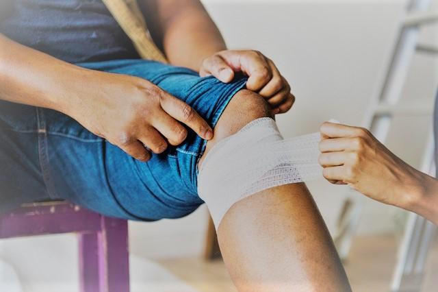 térdfájdalom esés után allergiás ízületi betegség