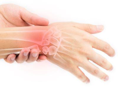 ízületi fájdalom egy kis ujj-törés után)